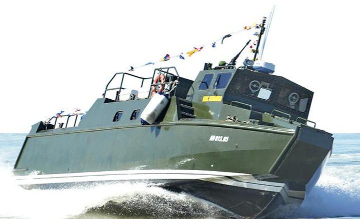 Kapal cepat 28 meter produksi PT Tesco Indomaritim