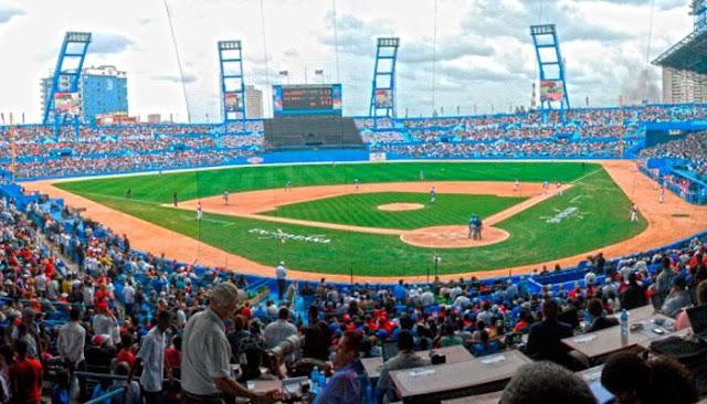 La semana no podía reunir más acontecimientos beisboleros: aniversario 70 del estadio Latinoamericano, solicitud de refuerzos para la segunda fase de la 56 Serie Nacional de Béisbol y la XXX edición de un Juego de Estrellas