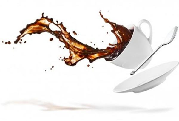 TIPS &TRIK :Cara cepat membersihkan gelas dari bekas noda kopi dan Teh.
