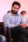 jr ntr photos at janatha garage success meet-thumbnail-17