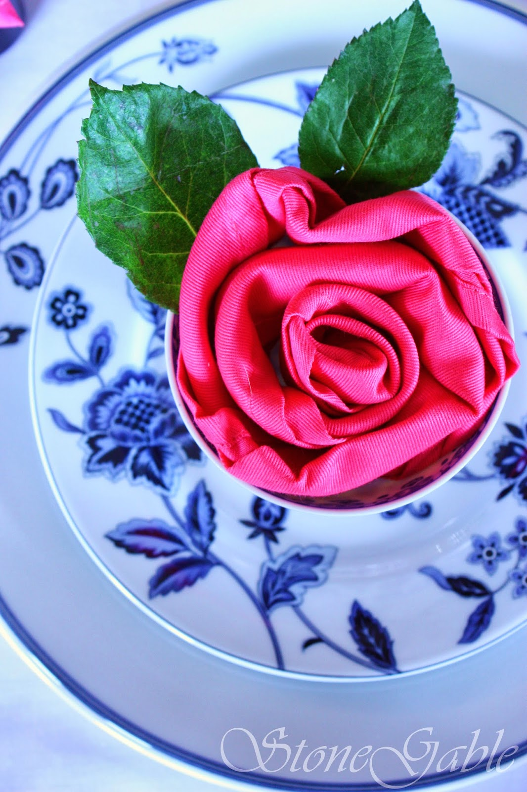 5 INTERESTING WAYS TO USE NAPKINS AND NAPKIN RINGS... A TABLESCAPE SERIES,  PART III   StoneGable