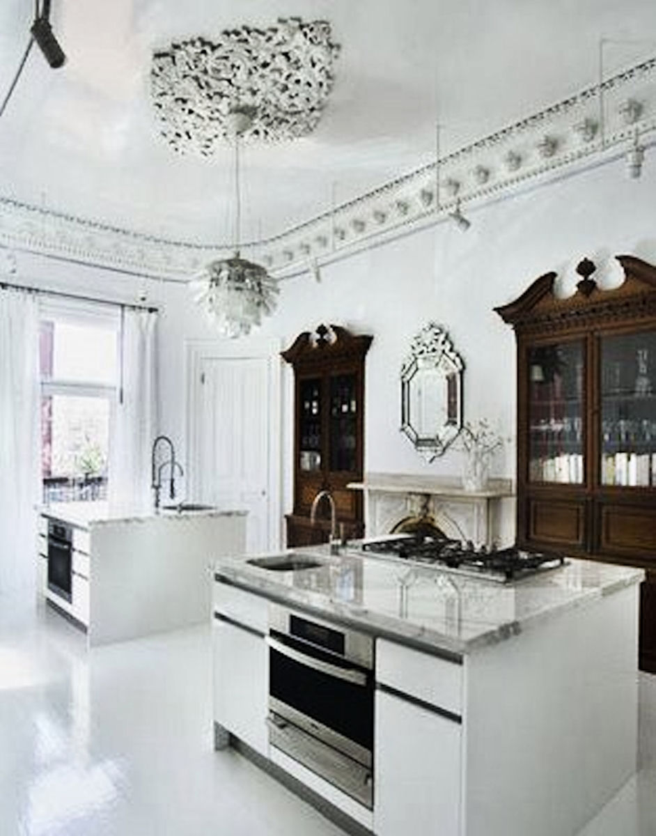 Simple Everyday Glamour Crisp And Clean In The Kitchen