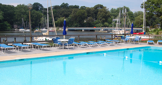 Temporary Furnished 1 Bedroom Condo in West Annapolis with a Community Pool