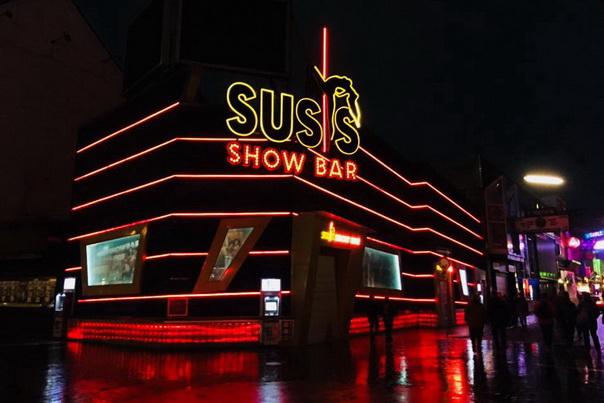 Hamburg, St. Pauli, Susis, Show, Bar, Kiez, Ausgang