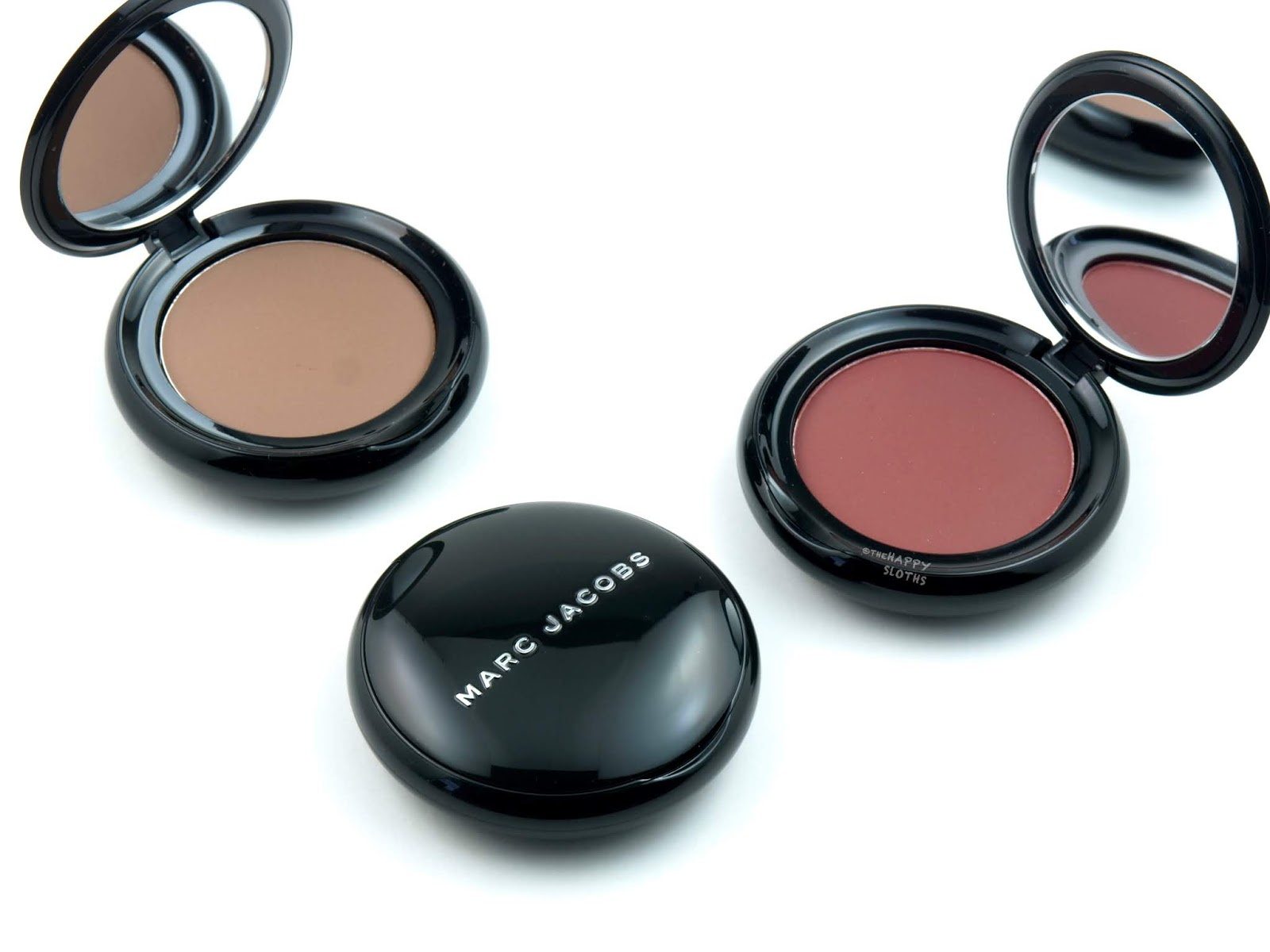 Marc Jacobs | O!mega Gel Powder Eyeshadow: Review and Swatches