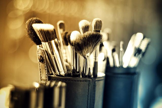 Cursos De Make Up De SaraStudio