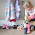 Miren padres: tiene 2 años y es así de independiente. El método Montessori dando sus frutos