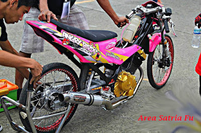 Foto Motor Satria Fu Drag