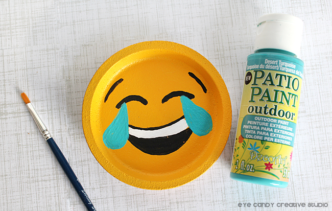 laughing face emoji, craft idea for emoji party, emoji birthday party