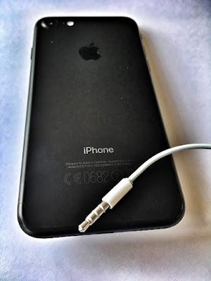 Apple Iphone 7 back, Apple Iphone 7 poza, Apple Iphone 7 imagini