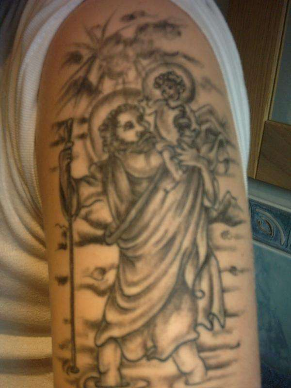 Brevirio tatuagens de protetores santos brbara luzia e cristovo nada melhor que uma tatuagem para olhar sempre para sua imagem altavistaventures Image collections