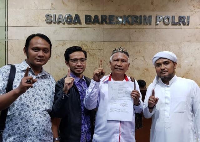 Sebut Habib Rizeq Banci Kaleng, Ade Armando Dilaporkan ke Polisi