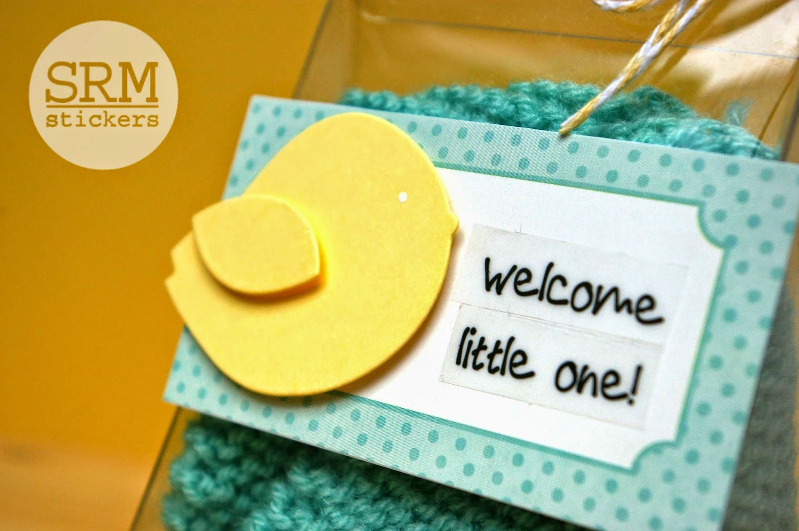 SRM Stickers Blog - Baby Booties Packaging by Lorena - #baby #booties #clearpurse #giftbox #labels #stickers #twine #DIY