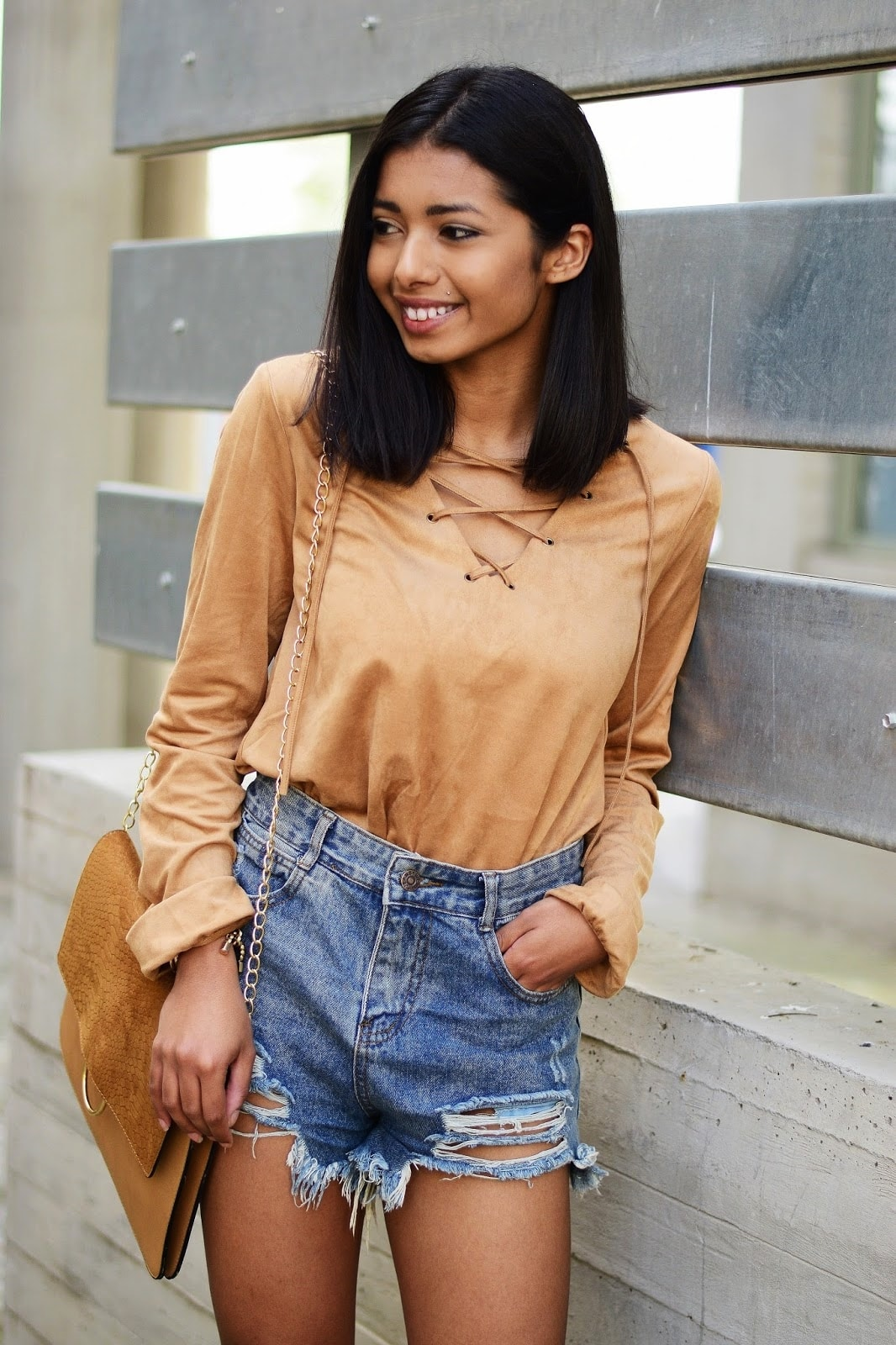 how to look chic in lace up blouse