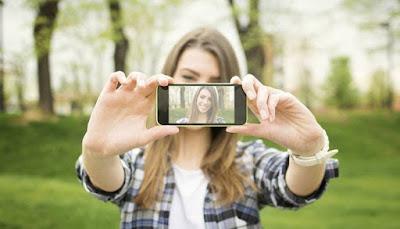 Mau Terlihat Fotogenik? Cek 7 Tips Berikut Ini