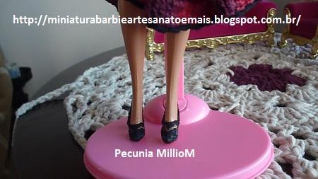 Vestido de Croche e Sapatinhos Com Renda Para Barbie Criados Por Pecunia MillioM 36
