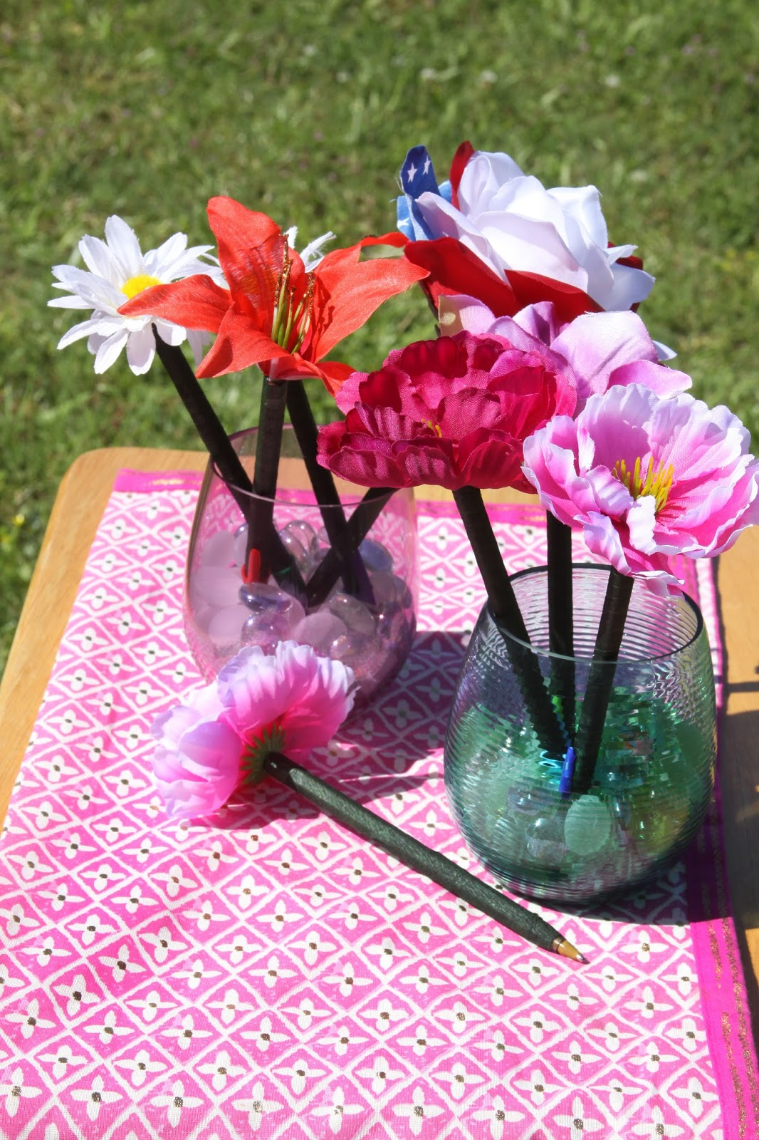 For The Love Of Food Diy Flower Pens And Painted Pots