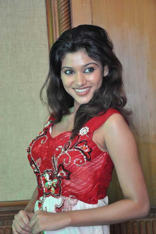 Tamil Heroine Oviya Hot Photos - All Heroines Hd Photos-1719