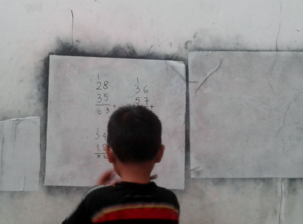 Dokumentasi Belajar Matematika Penjumlahan Puluhan