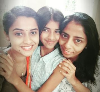 Arthana Family Husband Parents children's Marriage Photos