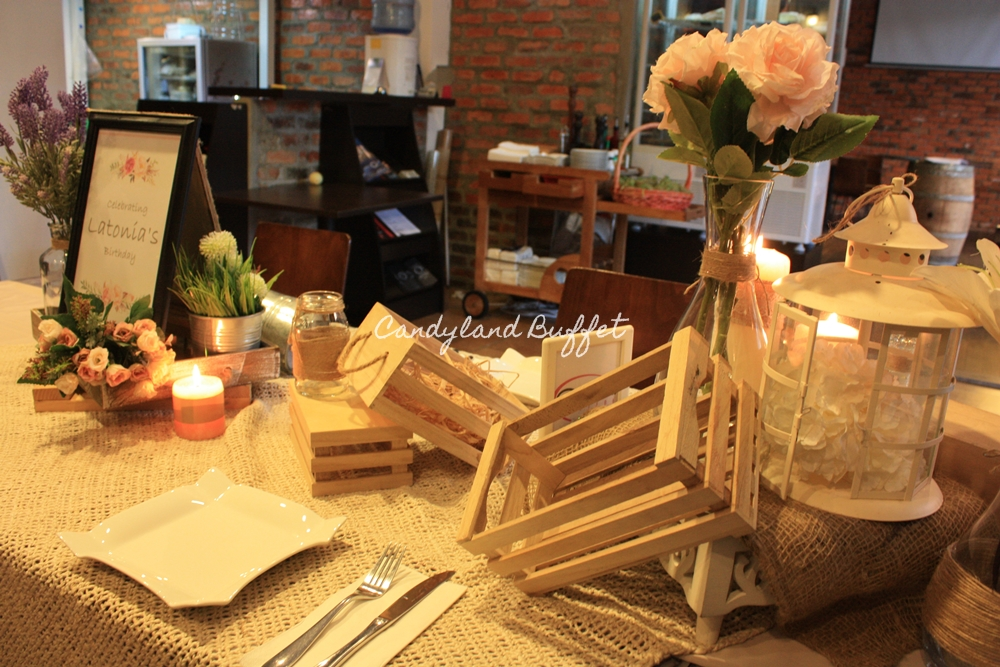 Rustic Table Scape Setup