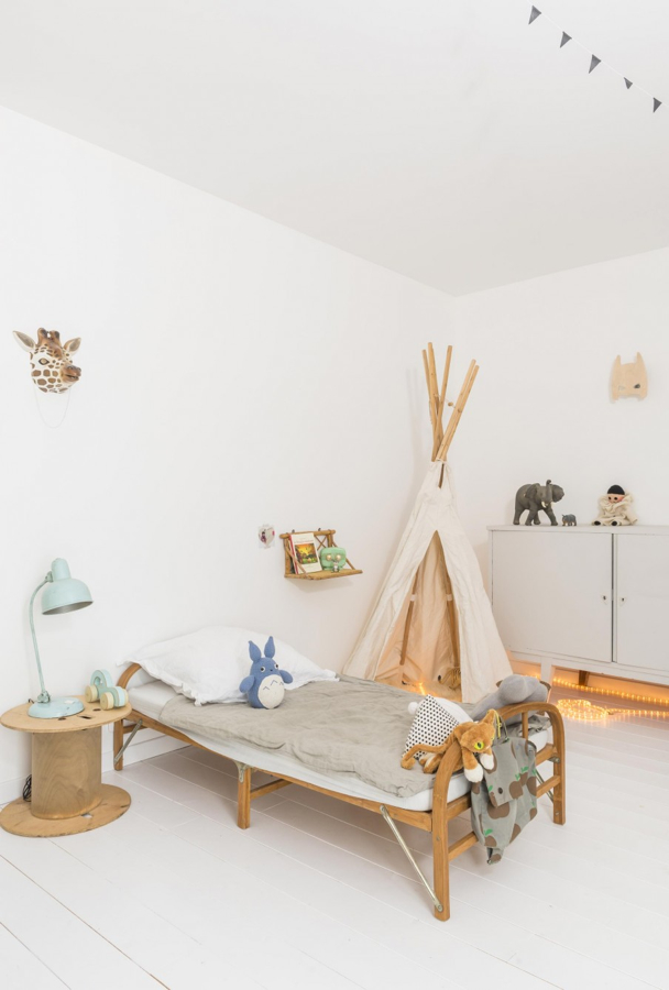 Simple and modern kid's room-design addict mom