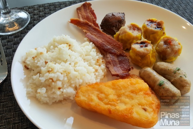 Breakfast at Kalesa Restaurant of Mercure Manila Ortigas
