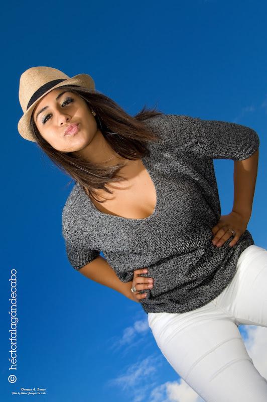 Vanessa (Modelo - Photo Shoot). Fotografías por Héctor Falagán De Cabo