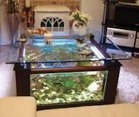 Mesas de vidrio con acuarios increíbles