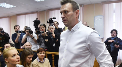 RUSSIAN OPPOSITION LEADER ALEXIE NAVALNY FACES A 5-YEAR SUSPENSION AFTER COURT FINDS HIM GUILTY OF EMBEZZLEMENT