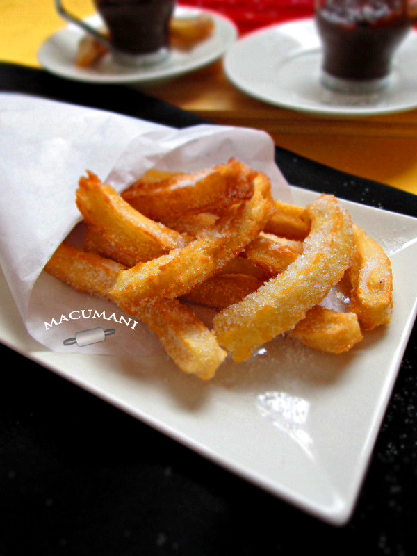CHURROS . MACUMANI