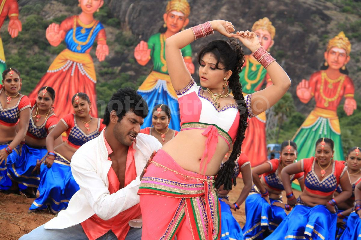 Anjali madha gaja raja movie hot stills