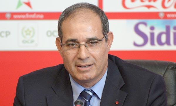 بادو الزاكي للوزير الأول الجزائري: افتح الحدود!
