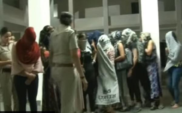 नाम था क्वीन स्पा सेंटर, काम था जिस्म बेंचना, 9 लडकियां गिरफ्तार