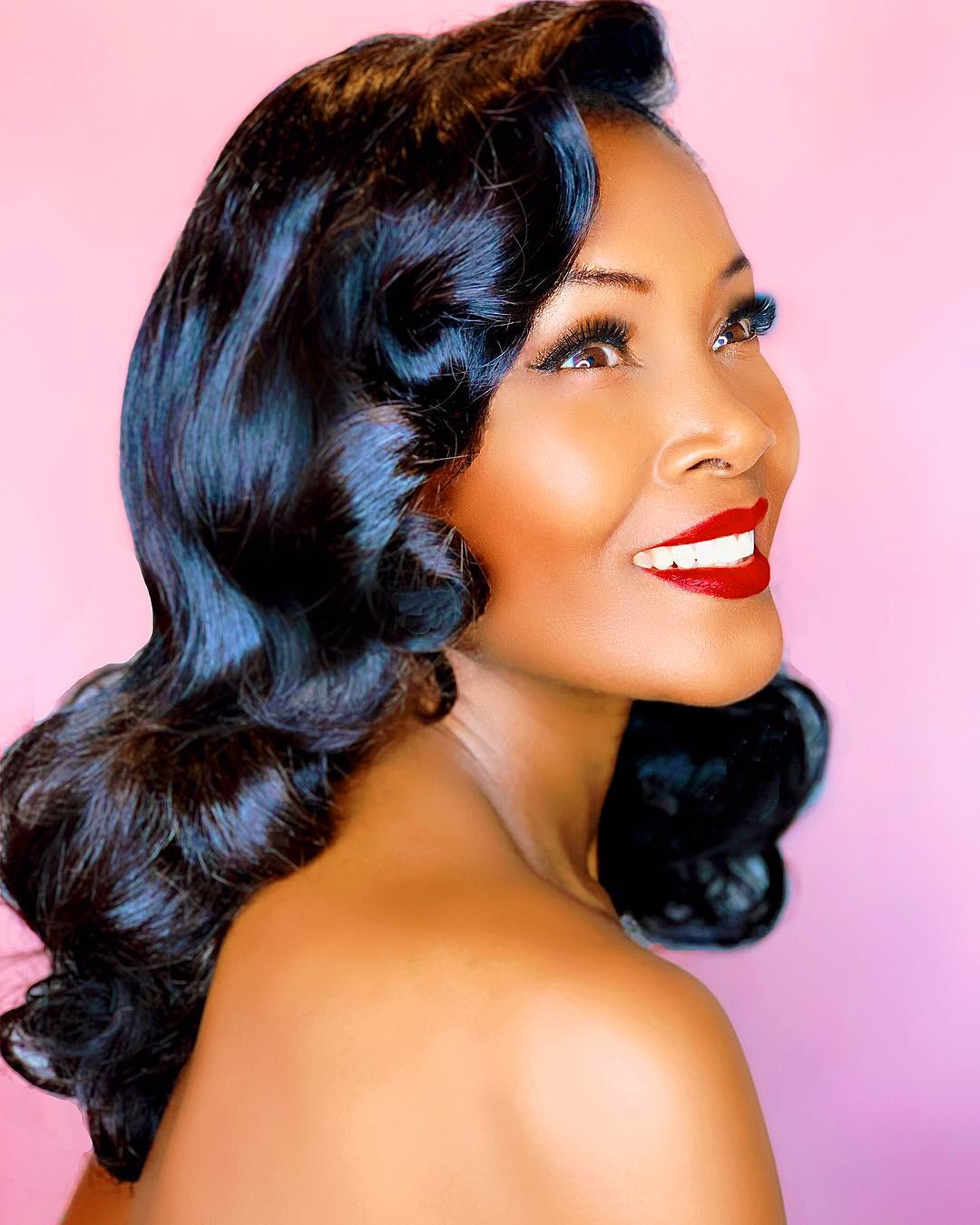 it was my goal to show that black women that love pinup