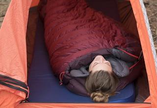Perlengkapan mendaki gunung - sleeping bag