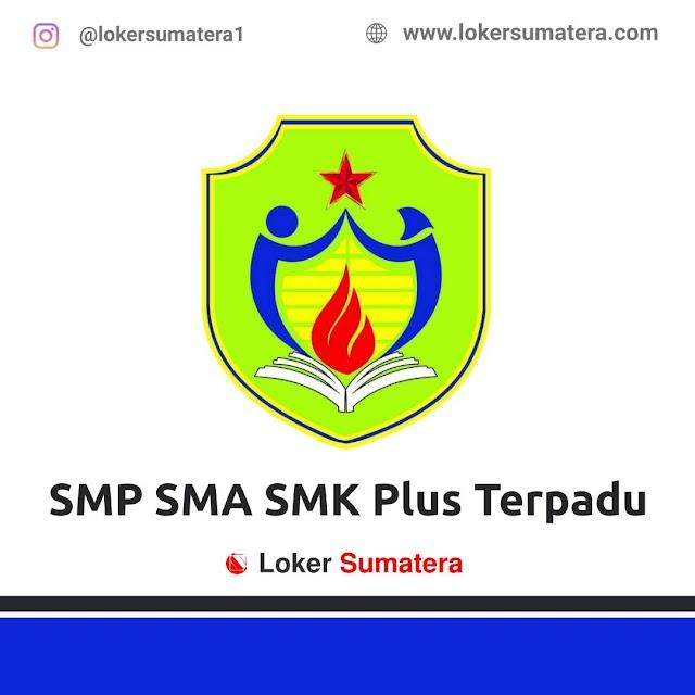 SMP SMA SMK Plus Terpadu Pekanbaru
