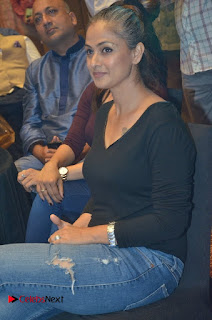 Simran and Vishal at the Launch of The Pride of Tamil Nadu Event Stills  0021.jpg