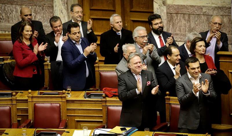 Εγκρίθηκε με 153 ψήφους η Συμφωνία των Πρεσπών