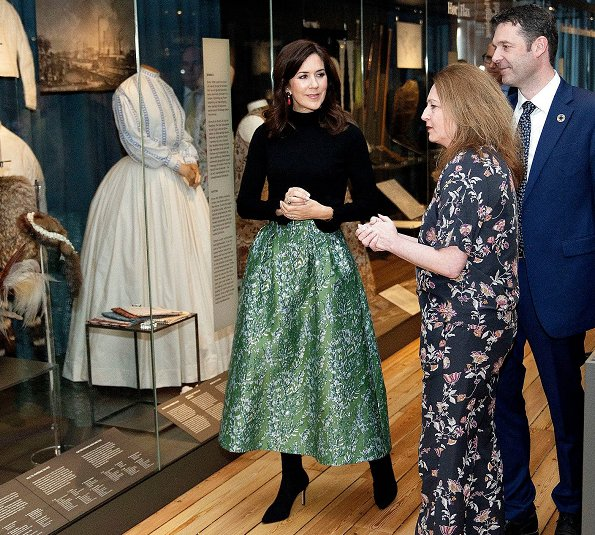 Crown Princess Mary wore H&M skirt from H&M Conscious Exclusive collection. and she wore a black sweater at Geological Museum