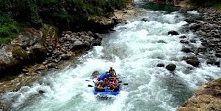 Tempat Wisata di Sumatera Selatan arung jeram sungai manna