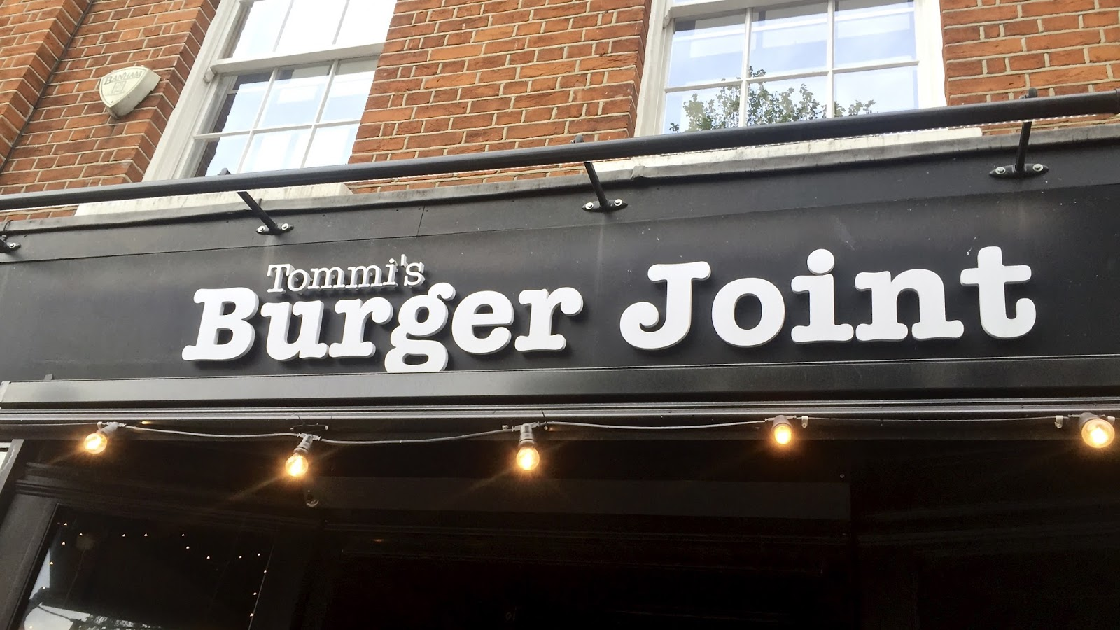 Tommi's Burger Joint Chelsea Review