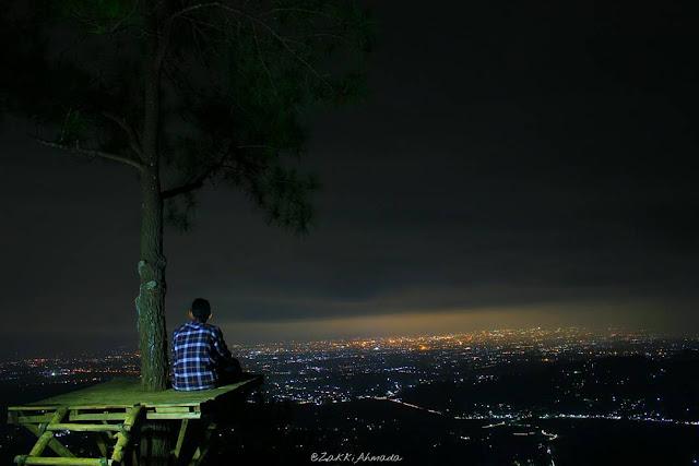 puncak becici jogja di malam hari