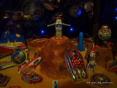 Ιστορία των παιχνιδιών. Διαστημικά παιχνίδια της δεκαετίας του 60 / Toy history. Space games of the 60's in Germany