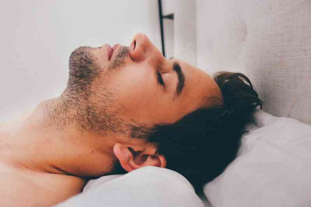 Amazing! Beneficial Reasons For Why You Should Sleep Naked