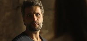 Em O Sétimo Guardião, Gabriel expulsa  Luz: 'Nunca mais olha pra minha cara'