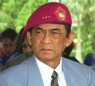 SALUT... Tegasnya Sang Jenderal Marinir ini Membela Guru yang Diancam Orang Tua Siswa