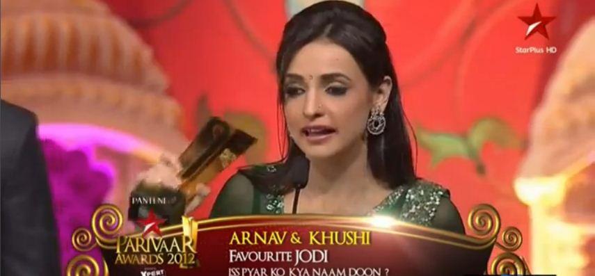 Indian Entertainment Videos: Arnav & Khushi Wins Favourite