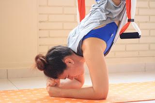 aeroyoga ayuda a descomprimir la columna vertebral
