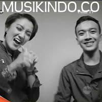 Download Lagu Melly Mono feat Osvaldo Rio - The One Mp3